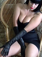 Sammi Jo pulls on her sexy leather gloves and lets you experience her pleasure