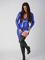 Kinky babe Leanne is dressed up in tight blue…
